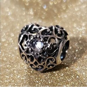 NEW Authentic Pandora April Signature Heart